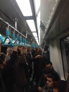 treno-interno-marmaray